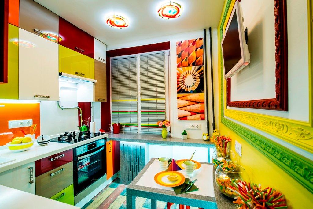 Хорошие решения для обустройства маленьких кухонь